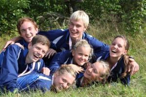 Glade ungdomsløbere med DM medaljer